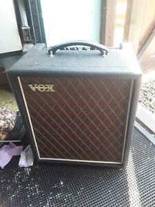 Vox T-15 amp amplifier