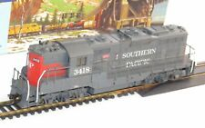 Athearn Southern Pacific #3418 Powered GP-9 Diesel Locomotive HO