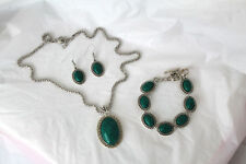 Green Oval Stone Silver Chain Necklace Dangle Earrings Toggle Clasp Bracelet Set