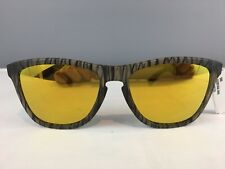 NWT (Defect) Oakley Sunglasses Striped Frames With Yellow Lenses