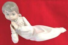 """Zaphir Spain - Stunning Gray White Praying Laying 8"""" Girl Figurine"""