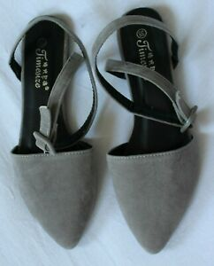 women's flat shoes size 5, new, grey, ankle strap.