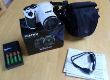 FujiFilm FinePix S6800 Digital Camera - white, includes case, 8GB SDHC Card