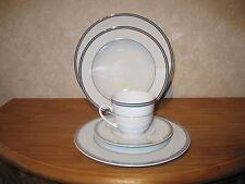 WINTERLING BAVARIA *NEW* CHATEAU Set 3 assiettes + 1 tasse à thé a/souc.