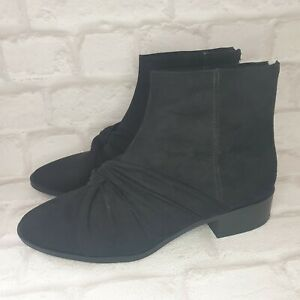 Pull And Bear Womens Boots UK SIZE 6 Ankle Black Suede Effect Twisted Design