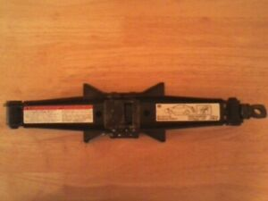 ORIG '07 Mitsubishi Galant spare tire Jack (only) in good COND-Fits other models