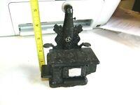 Miniature Dollhouse Chrysnbon Cook Stove  1:12 Scale
