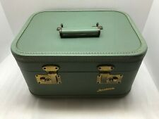 VINTAGE GREEN CARALITE TRAIN CASE