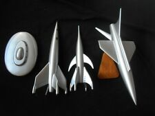 Lot of 4 resin sci-fi model kits spaceships rockets flying saucers monsters