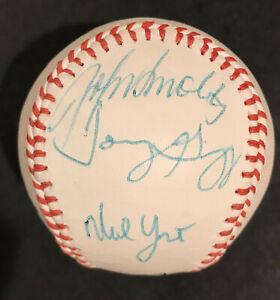 1996 ATLANTA BRAVES SIGNED BASEBALL: JOHN SMOLTZ, TONY GRAFFANINO & others