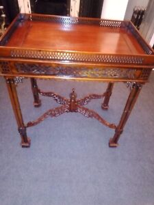 STUNNING-CIRCA-1920S-THOMAS-CHIPPENDALE STYLE FRET WORK CARVED COFFEE TABLE