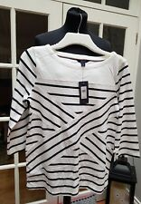 LADIES TOP. TOMMY HILFIGER. BNWT. MEDIUM