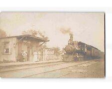 ST1542; RR STATION MIDDLEBUSH NJ (RPPC/postcard 1907 postmark)