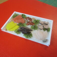 1/12 scala casa delle bambole selezione degli alimenti di pesce sul ghiaccio tabellone f196
