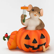 Charming Tails Carve Out a Little Happiness Mouse Pumpkin Fall 4046780 Figurine