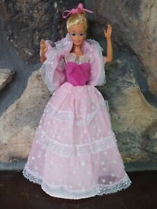 1985 DREAM GLOW  Barbie Doll & Outfit Pink Glow Dark Vintage
