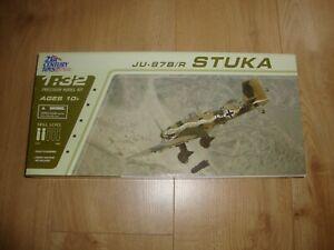 L215 21st Century Toys Model Kit 22105 - JU-87B/R STUKA - 1/32 Part Assembled