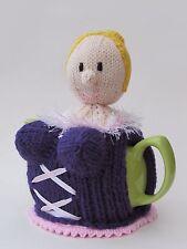 Basco Busty BIONDA Copriteiera Knitting Pattern-Knit il tuo!