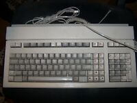 Vintage HP Keyboard Model 46021A with Cables