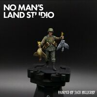 Pro Painted 1/35 Scale Waffen Ss Figure With Chickens Masterbox