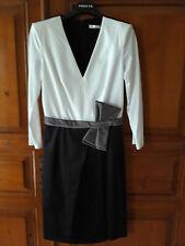 Robe T 36 Paule Ka bi matière coton polyester jamais portée , blanc et noir