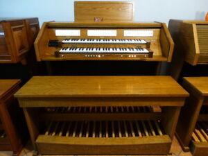 DIGITAL Sakralorgel Kirchenorgel Orgel CONTENT 4330 TOP ZUSTAND