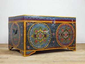 Vintage Indian Folk Art Hand Painted Wooden Blanket Chest Coffee Table MILL-1151
