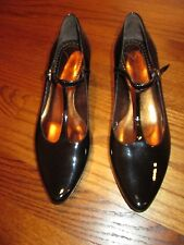 Isabella Fiore Black Patent Leather Mary Jane Shoes Size 9 M