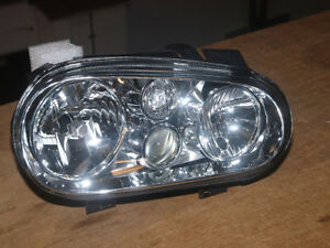 Replacement headlight (right hand side) to fit VW Golf Mk 4 - with foglight
