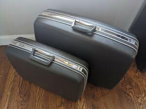 Vintage Samsonite Silhouette Luggage Set, Gray With Key