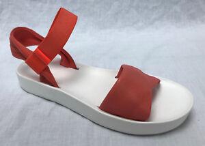 BNIB Clarks Ladies Seanna Sun Coral Leather Lightweight Flat Sandals