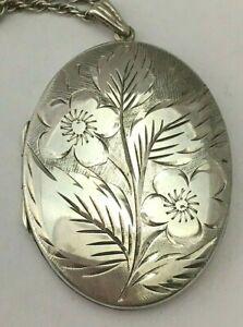 Vintage Sterling Silver Locket & 18 Inch Chain 1969