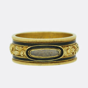 Antique Gold Ring - Victorian 1840s Black Enamel Mourning Ring 18ct Yellow Gold