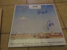 """LP """"E L'ITALIA CHE VA"""" di RON, AUTOGRAFO ORIGINALE di RON ed ANGELA BARALDI"""