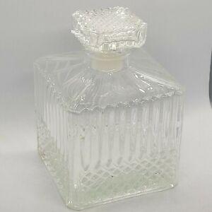 """Glass Liquor Decanter Bottle Cubed Design rhombus Pattern Stopper 5"""""""