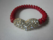 RED FACETED LUCITE BEAD CLEAR CRYSTAL STUD ON GOLD TONE HEART STRETCH BRACELET