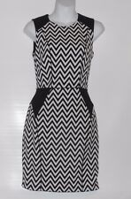 H&M Ladies Jacquard-Weave Sleeveless Fitted Dress Cut Out-Back Black & White 4