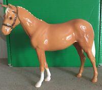 BESWICK HORSE PONY WITH HEADCOLLAR PALOMINO GLOSS FINISH MODEL No H259 BOXED