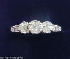 Daisy White Gold Fine Diamond Rings