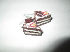 """Boucle d'oreille """" Gâteau Mousse Chocolat/Vanille """",en fimo,neuve!"""