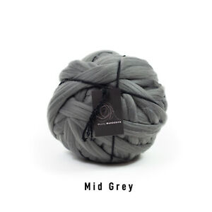 1kg Mid Grey Mammoth®   Giant Super Chunky Extreme Arm Knitting Big BlanketYarn