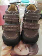 BNWT Primigi size 4 cute boys brown blue shoes nursery first walkers leather