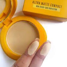 Lakme Sun Expert Ultra Matte spf 40 uvb non sticky sun protection (7 gm) compact