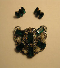 New listing Vintage Art Deco Pot Metal Green & Clear Crystals & Pearls Fur Clip & Earrings!