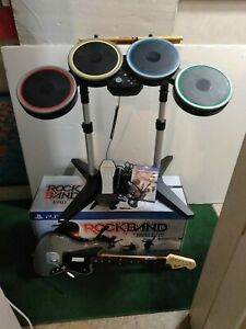 PS4 ROCK BAND RIVALS BAND KIT W/ LIMITED EDITION CHARCOAL GREY FENDER GUITAR