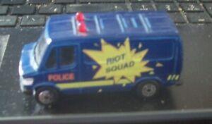 Maisto Mercedes 3070 - Police Riot Squad van Blue