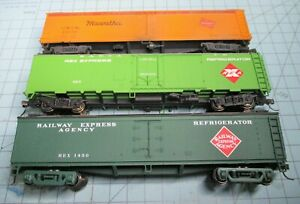 HO scale 50 ft. Express reefers, (3), two REA, one MILW