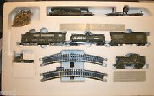 HO US ARMY CLASSIC TRAIN SET LOCO & 5 CARS US ARMY  W/ TROOPS 28-A3 *NO POWER*