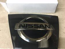 91053FA000 Genuino Subaru Impreza insignia de la parrilla frontal 1993-2000 forma clásica