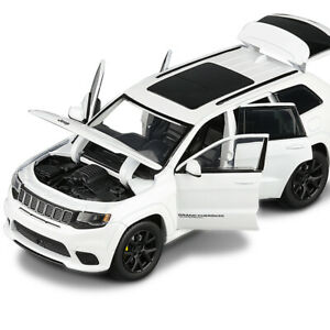 Jeep Grand Cherokee SUV 1/32 Diecast Model Car Toy Collection Sound&Light Gift